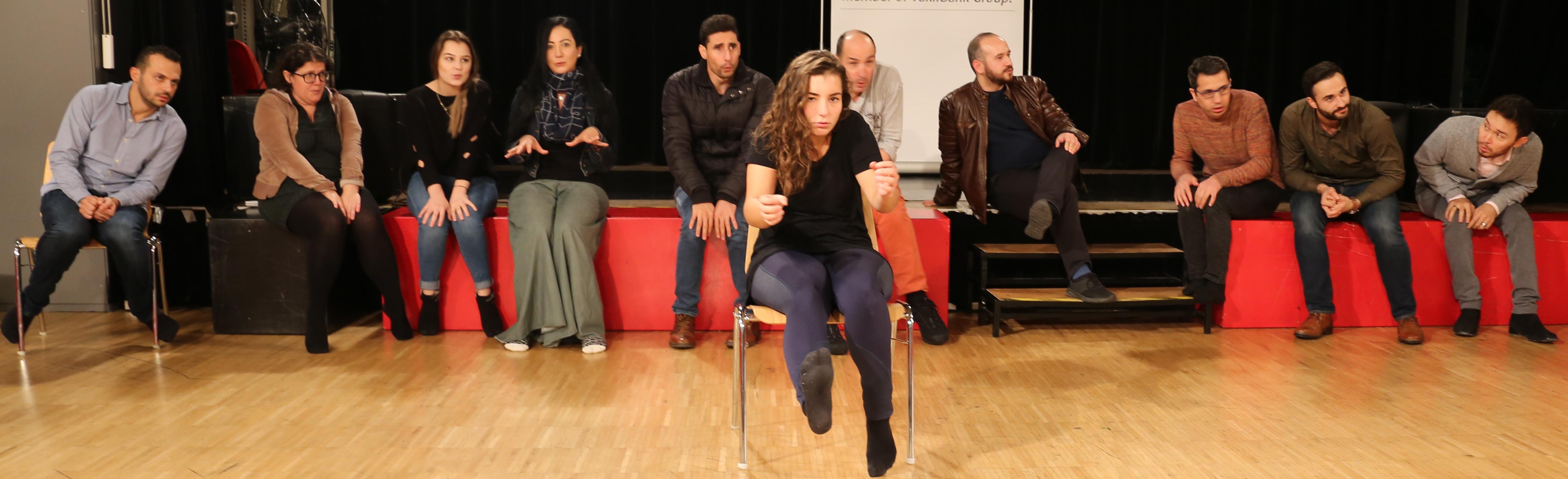 VIELFALT FEIERN – Offene Multilinguale Theaterklassen * ab September 2019